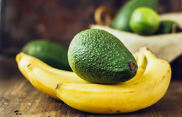 маска за коса с банан и авокадо