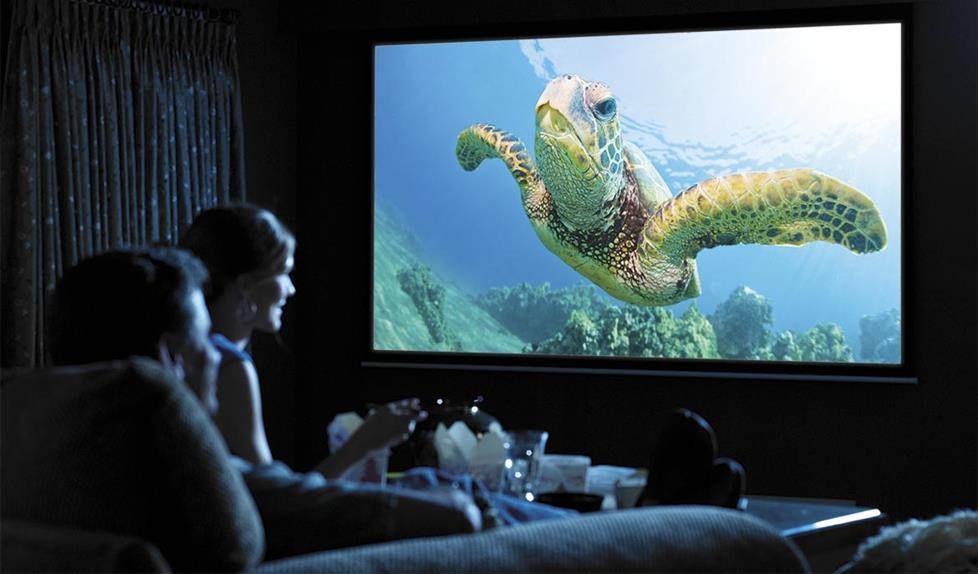 Проектор за кино - подарък за мъж