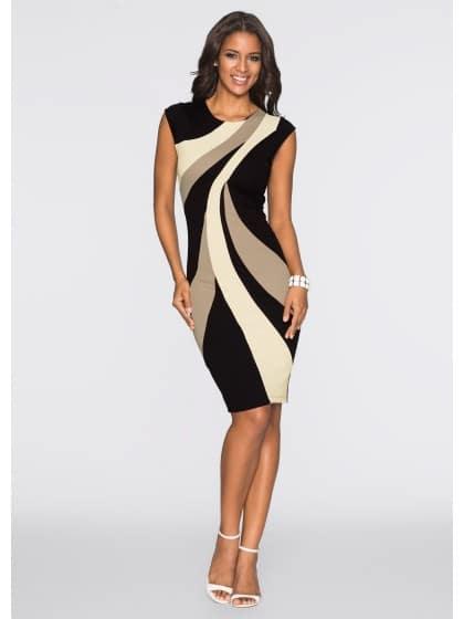 Стилна дамска рокля с линии