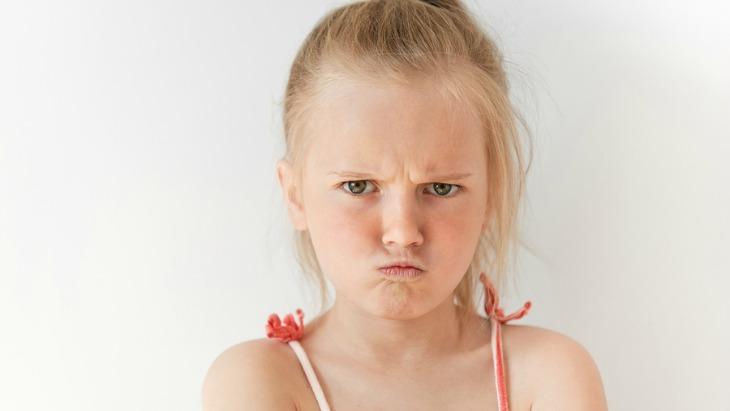 Как да се справим с инатливо дете