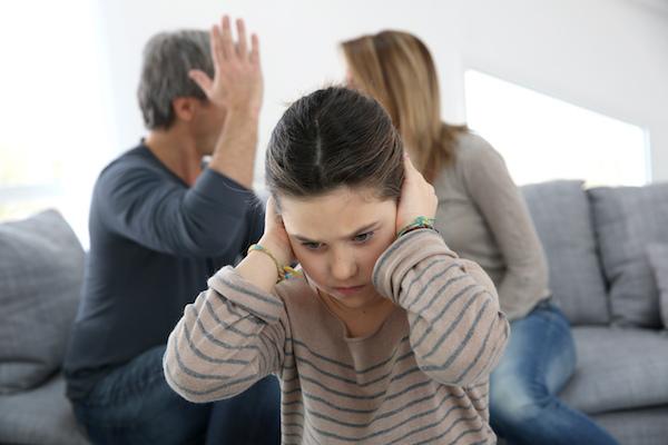 Как-действат-скандалите-в-едно-семейство-на-децата