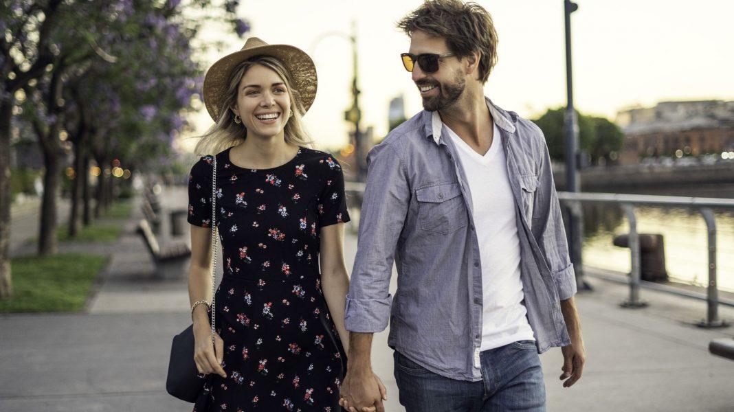 Разликата между това да си Влюбен и да Обичаш някого