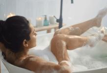 13 Важни съвети как да мастурбирате в банята